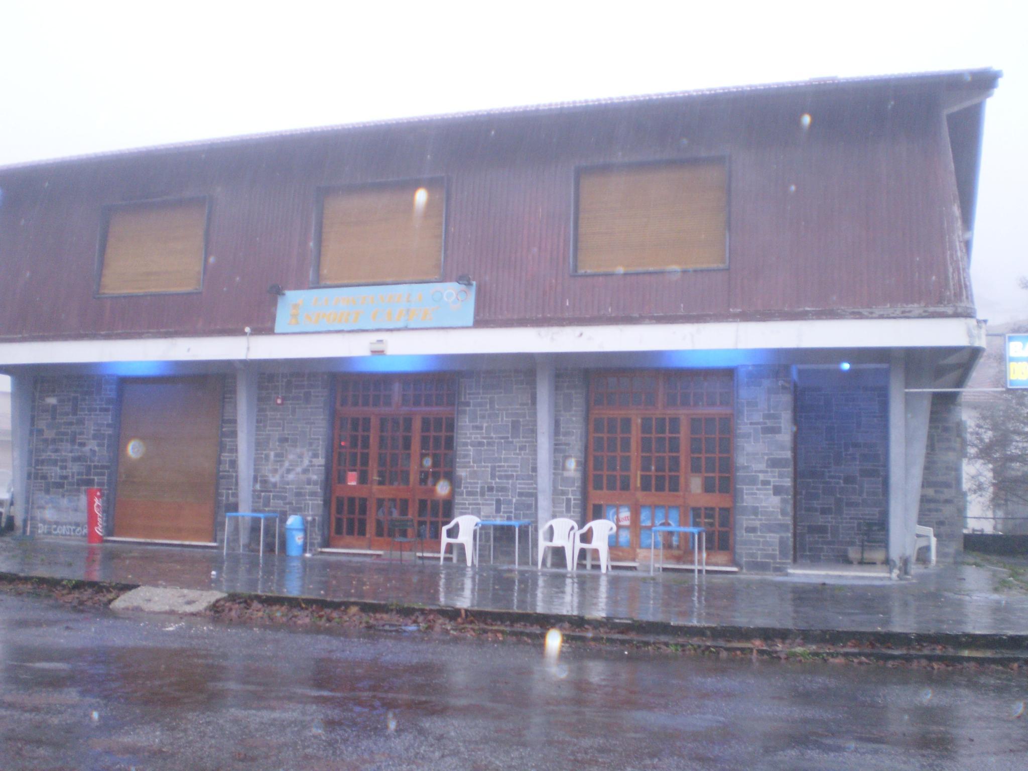 esterno del bar