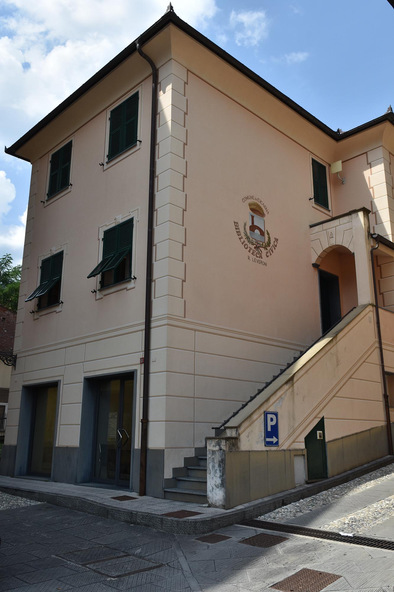 Biblioteca civica Romeo Leveroni