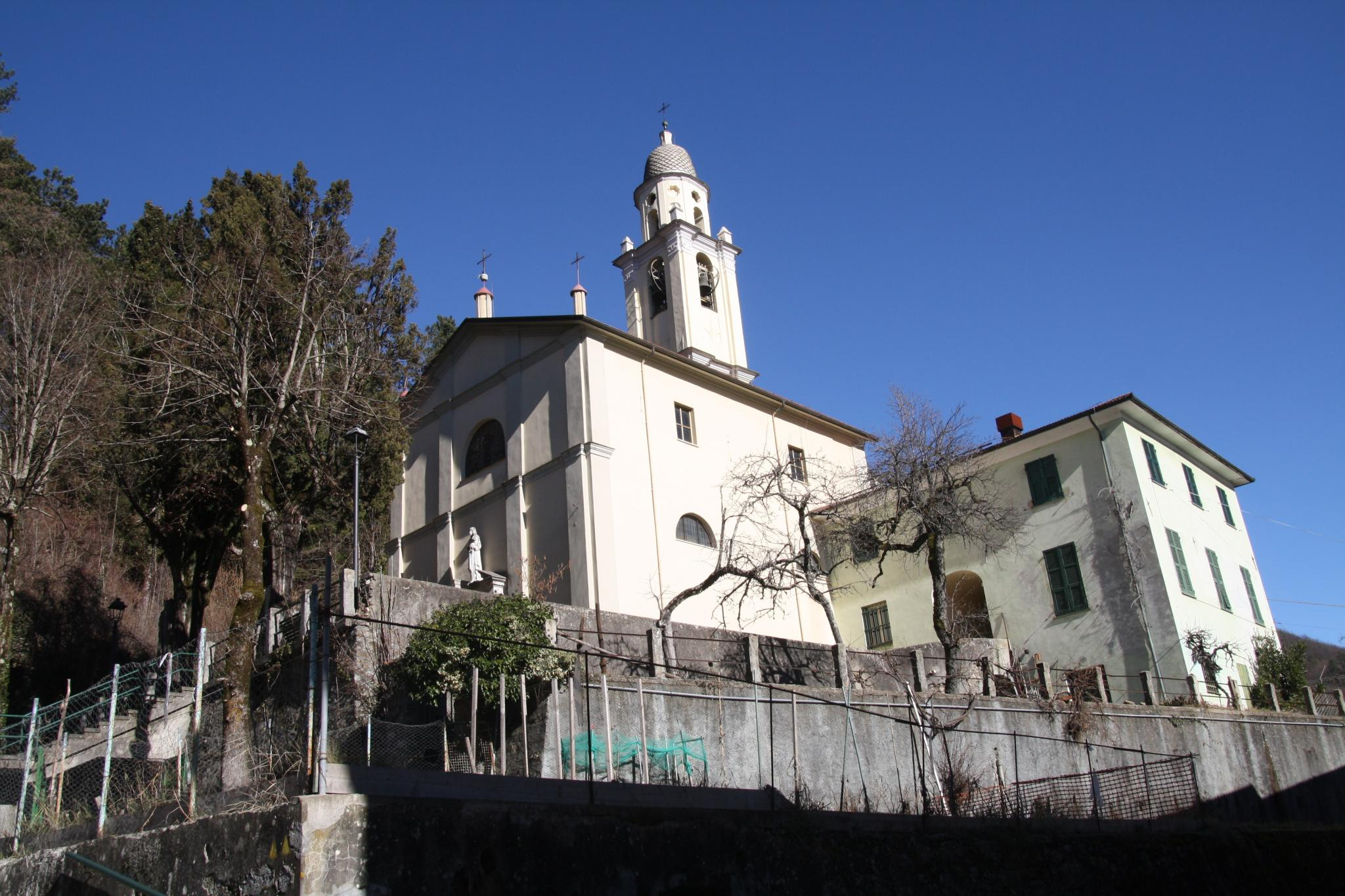 vista esterna del complesso religioso