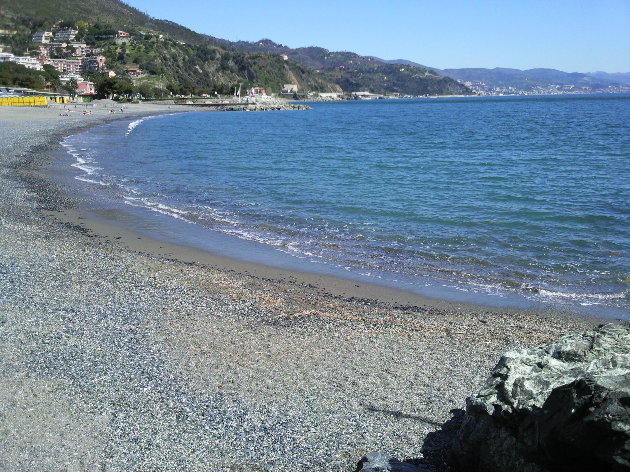 Lungomare di arenzano fuorigenova for Setacciavano la sabbia dei fiumi