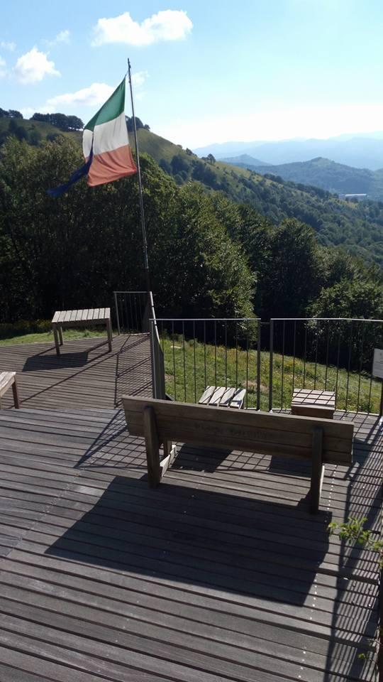 Vista panoramica dall'impalcato in legno