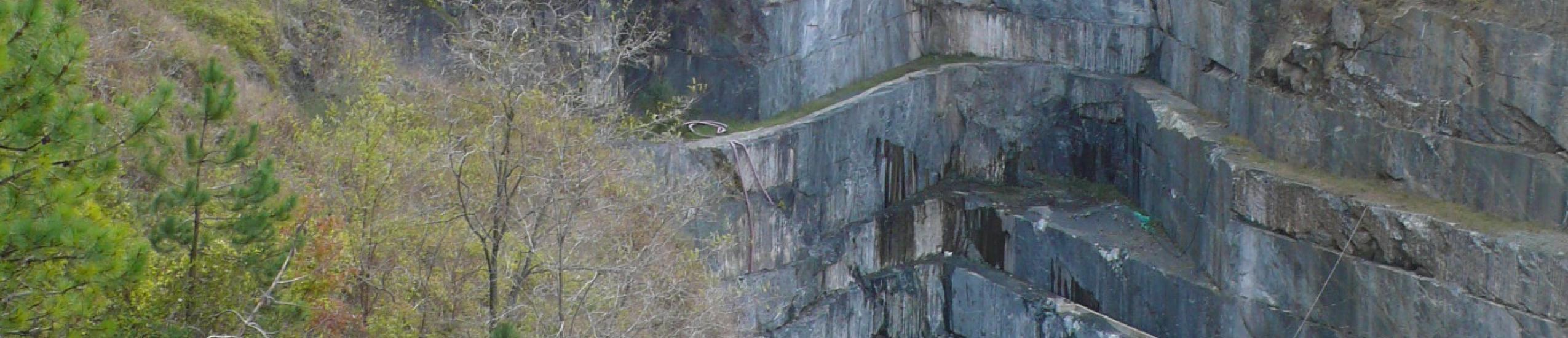 """Cave di Frisolinio S.r.l. - Cava """"Sotto la Fontana"""""""