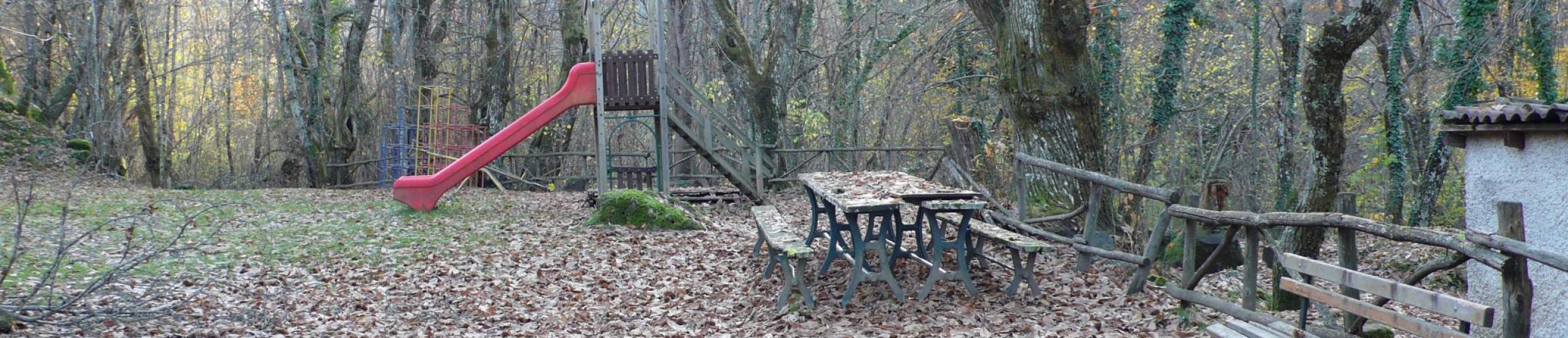 il parco giochi nel bosco
