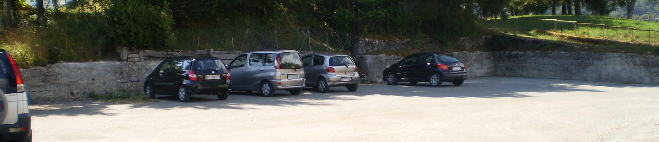 Parcheggio pubblico Esola