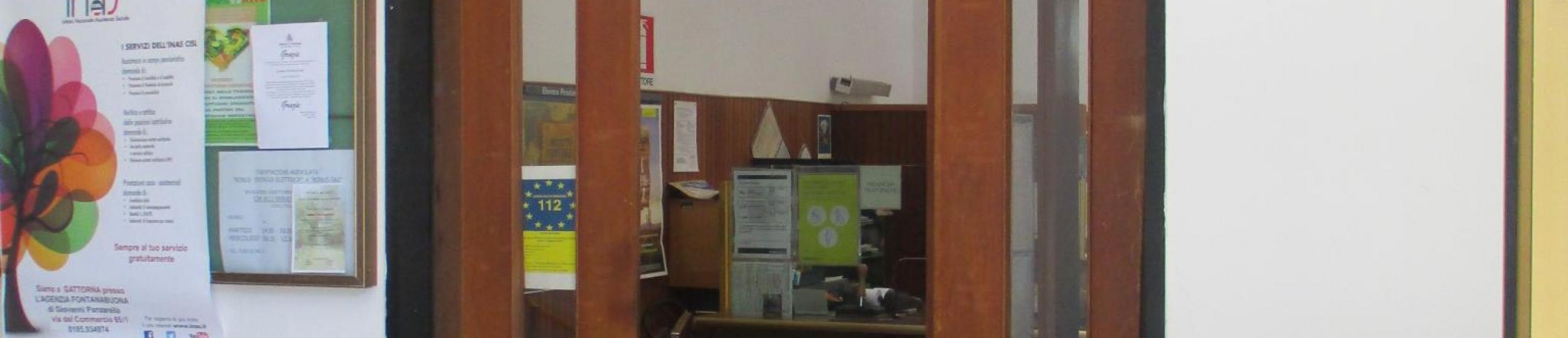 Ufficio postale al primo piano del Comune