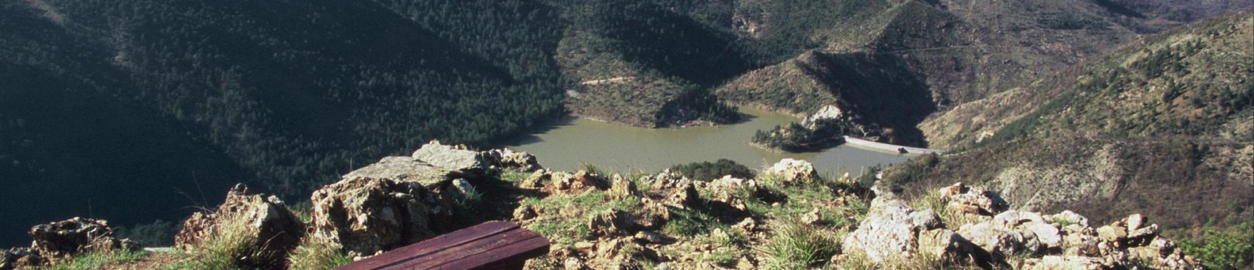 laghi del gorzente  e sentiero dei laghi