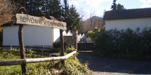 l'ingresso al cimitero