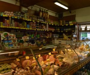 Noziglia Vittorio Alimentari (3)