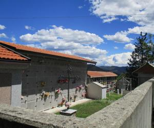 Cimitero di Bavastri (1)