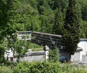 l cimitero dall'alto