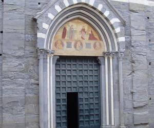 Complesso di san salvatore: Basilica dei Fieschi (2)