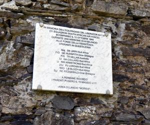 La targa commemorativa