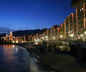 Vista notturna di Camogli