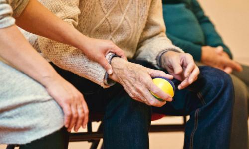 5.1 Esternalizzazione delle cure sanitarie domiciliari come soluzione per garantire il diritto alle cure domiciliari